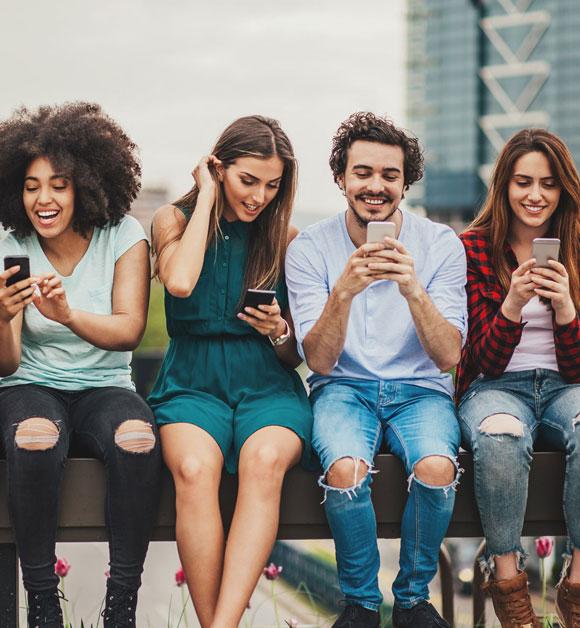 Social Media Services-Whitevox